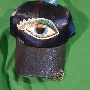 NWT Fashion eye sparkle hat